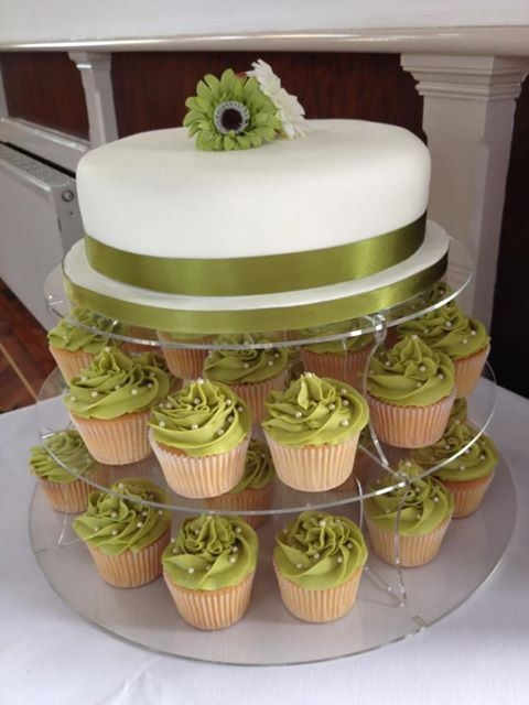 bashas wedding cakes wedding cake and cupcakes not green though as if 11096