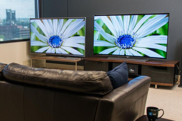 Samsung vs. LG cage match: Watch their best TVs fight, no Pay Per View needed