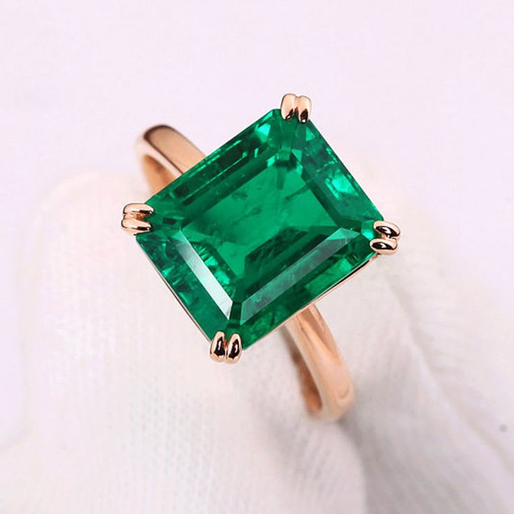 emerald estate diamond jewelry ring and juniker