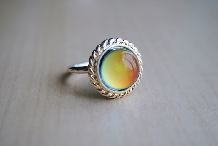 Lace Mood Ring -- Mood Stone -- Mood Jewelry -- Color Change -- Retro Ring -- Boho Chic -- Throwback -- Handmade Jewelry by BeeesBeads on Etsy https://www.etsy.com/listing/401754331/lace-mood-ring-mood-stone-mood-jewelry