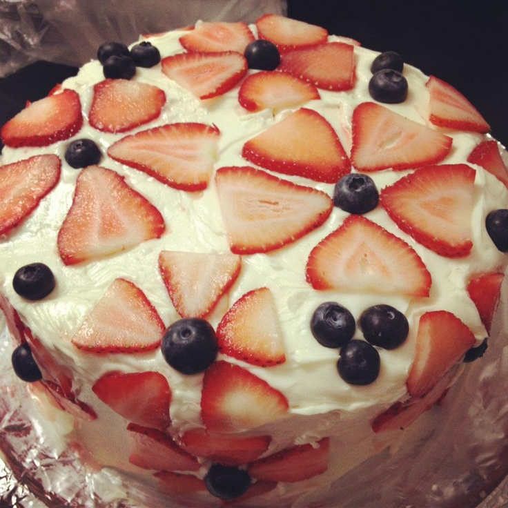 4th of July cake! Yumm :)