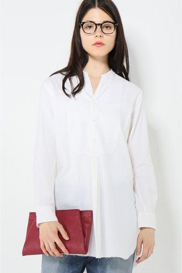 JANE SMITH バンドカラープルオーバーシャツ  JANE SMITH バンドカラープルオーバーシャツ 22680 2016AW JANE SMITH 2014AW スタート Plageでも大人気のブランドin cloudinessの吉田 雄二氏がディレクションを手がけ二人の女性デザイナーによってデザインされています 縫製仕様や生地に拘ったメンズのベーシックなアイテムをレディースサイズにアレンジし提案しています モデルサイズ:身長:170cm バスト:75cm ウェスト:60cm ヒップ:83cm 着用サイズ:フリー