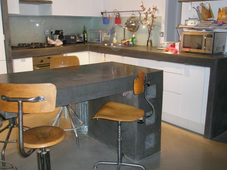sol b ton cir lot et plan de travail en stuc ciment. Black Bedroom Furniture Sets. Home Design Ideas