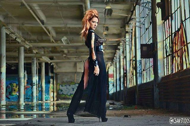 Goth queen Amanda Lee Photo by csawstudios