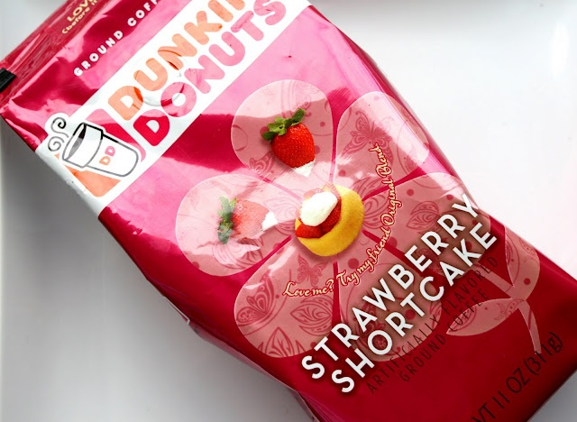 Dunkin Donuts Strawberry Shortcake | My #1 addiction coffee:) | Pinte ...
