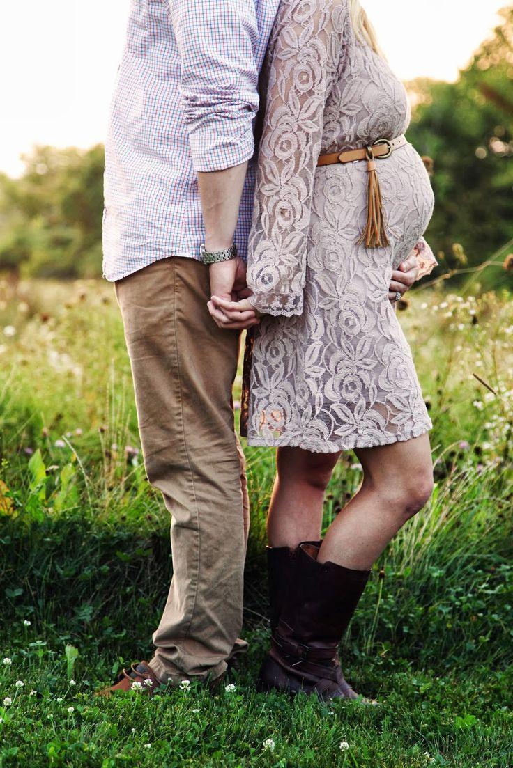Love this  Maternity Shoot   #Maternityphotography  http://www.topsecretmaternity.com/