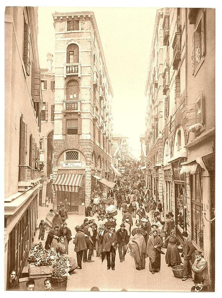 Venice, Street Scene 1890-1900