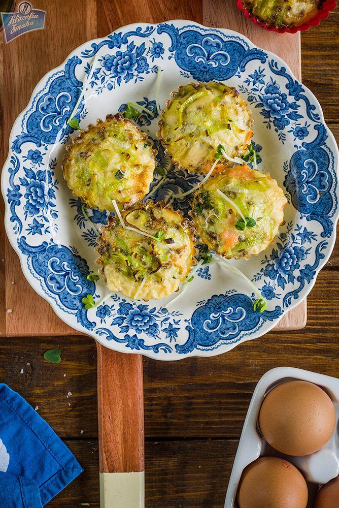 Muffiny jajeczne z łososiem