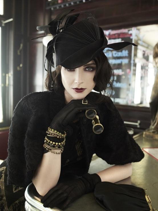 Hat & gloves
