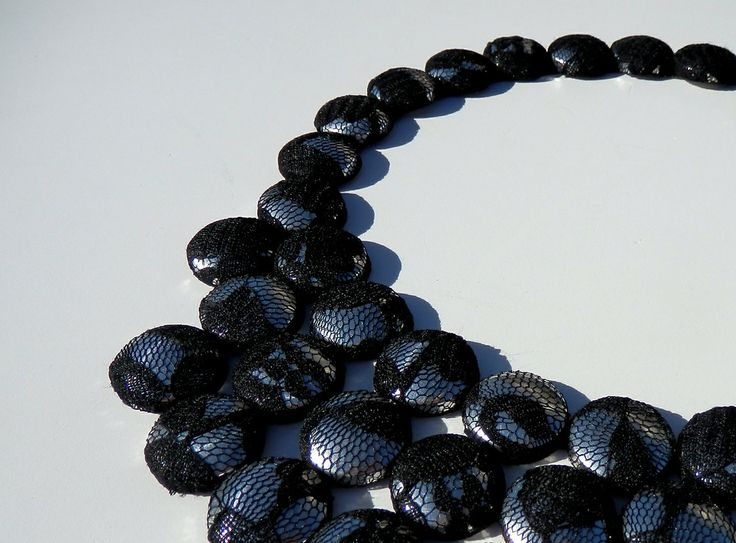 MESH NECKLACE 02 via GLAMMA. Click on the image to see more!