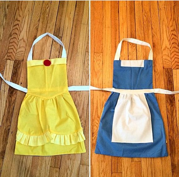 Reversible Belle apron by WishesAnStitches on Etsy