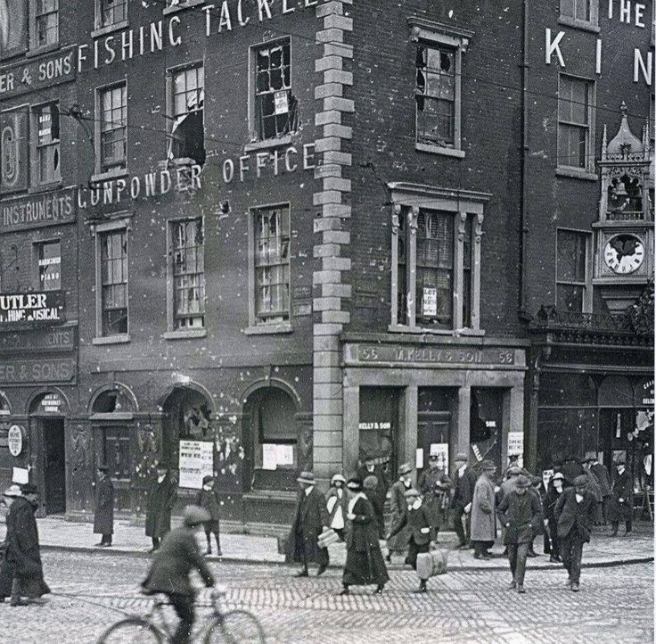 1916,Bachelors Walk/O Connell st. See the bullet holes
