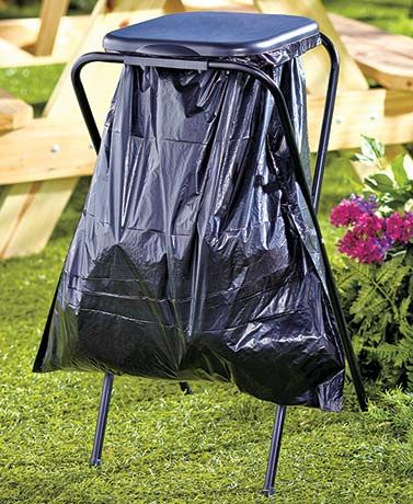 Effortlessly dispose of garbage from special events or an everyday occasion with this Portable Trash Bag Holder. Lightweight, convenient and lidded, it's the perfect way to dispose of trash at a party or backyard cookout. Just attach your trash bag to th