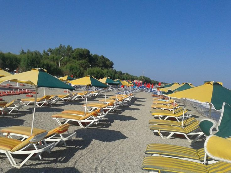 Kremasti Beach early in the morning.