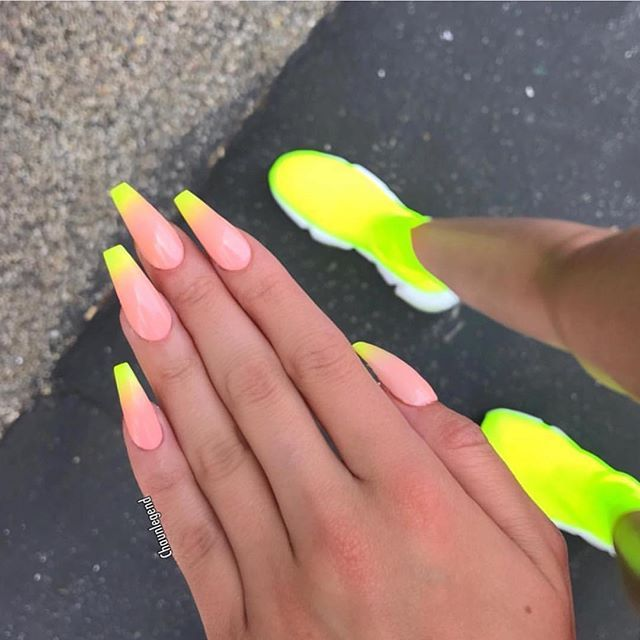 Discovered By Harriet Taylor Find Images And Videos On We Heart It The App To Get Lost In What You Love Yellow Nails Cute Nails Pretty Acrylic Nails