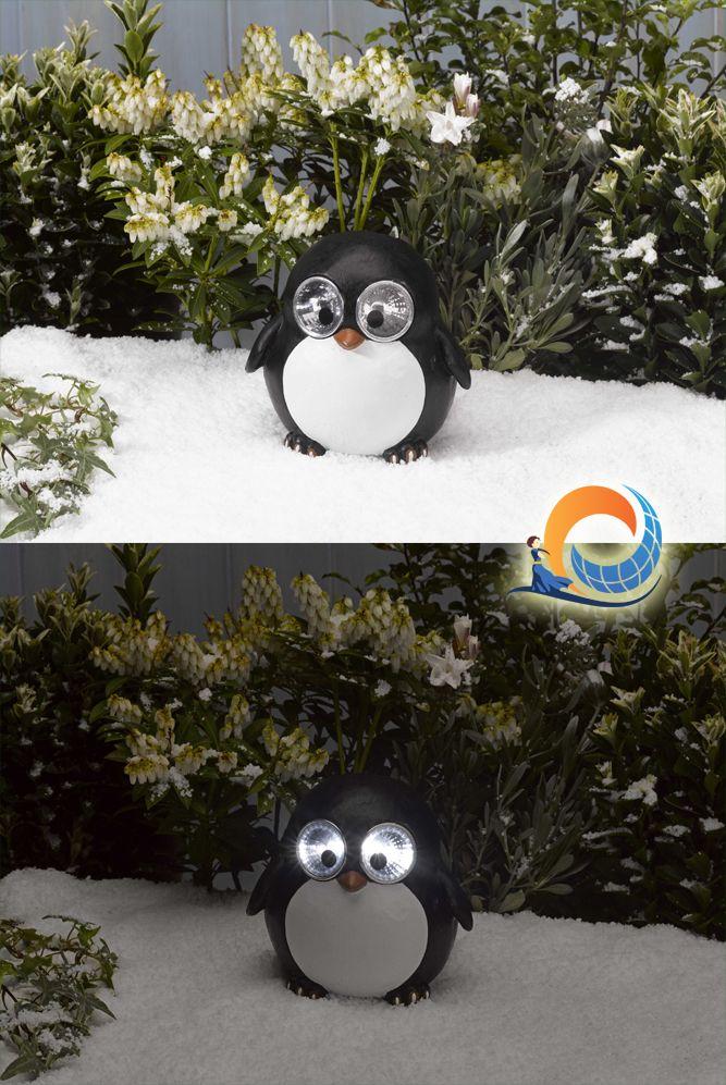 Ha finalmente ricominciato a nevicare in questo capriccioso #inverno? Il #Pinguinetto Pong è il primo a festeggiare!