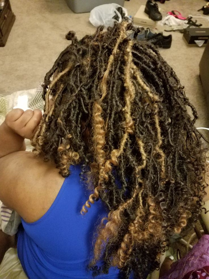 You Would Never Guess What Makes This Faux Locs Protective
