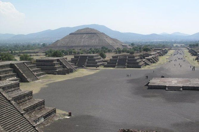 Teotihuacan Pyramids And Guadalupe Shrine Day Tour From Mexico City Teotihuacan Day Tours Pyramids