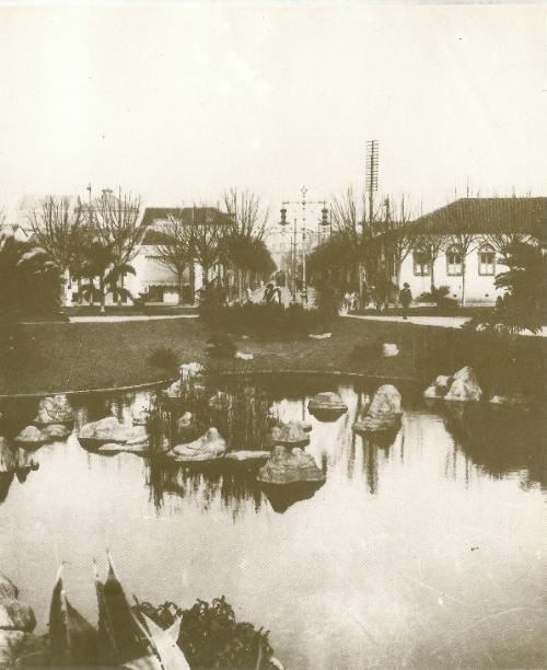 Praça da República em 1913, vista em direção à rua Barão de Itapetininga