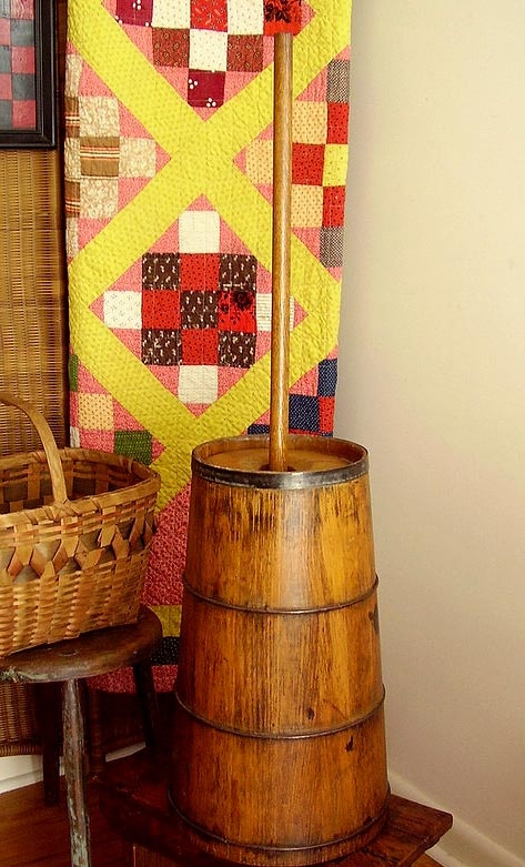 American Antique Wooden Butter Churn, Civil War Era, c. 1860's - I love the quilt in the background!