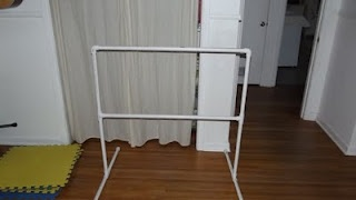 DIY Ballet Bar- so I don't have to track down and join a schmancy gym that offers the NYC ballet workout: Diy'S, Fitness, Diy Ballet, Dream It Make It, Barre Workout, Ballet Barre, Pvc Pipe, Craft Ideas, Crafts