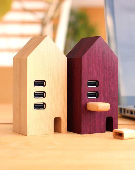 北欧風の家型木製USBハブ