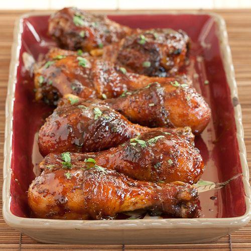 Csábító mézes currys csirkecombok – gyors finomság a sütőből!