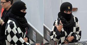Quanto disfarce! Beyoncé usa touca e burca ao deixar estúdio em Los Angeles - Beyoncé usou touca, lenço e burca, ao deixar estúdio de gravação em Los Angeles. Ela está gravando clipe de 'Bow Down'
