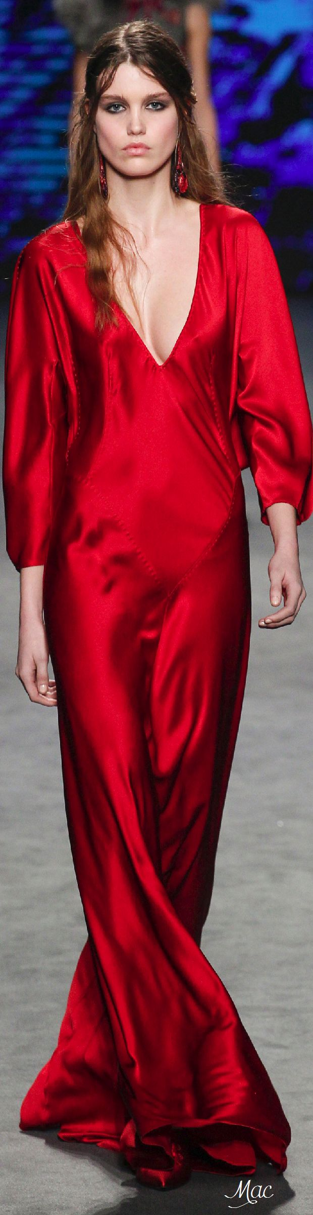 Fall 2016 Ready-to-Wear Alberta Ferretti