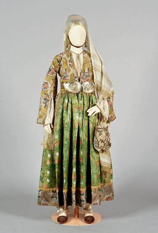 Greece, bridal or festive costume, 19th century ©Peloponnesian Folklore Foundation, Nafplion, Greece