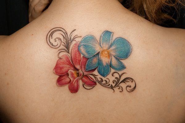花・植物のタトゥー | Flower Tattoo | Tifana Tattoo - 東京|TOKYOのタトゥースタジオ