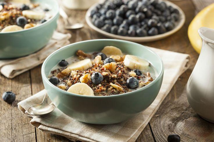 Süßes Quinoa mit Blaubeeren und Bananen. Du wirst es lieben! #frühstück #nu3