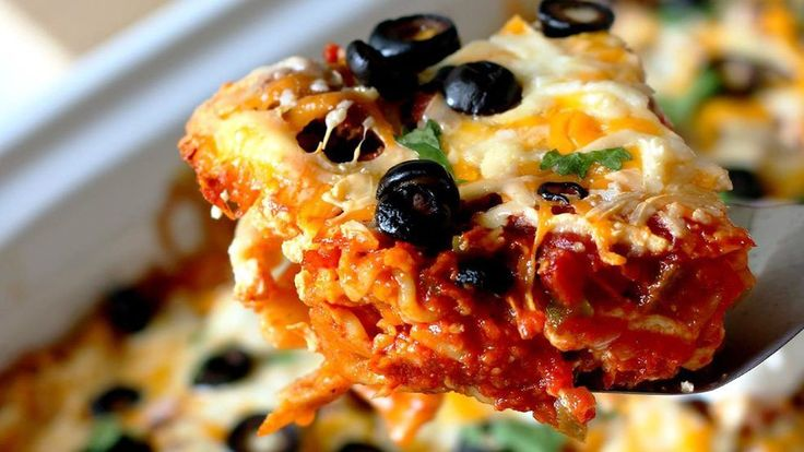 Ingredients:1 pound lean ground beef or ground turkey1 package (1.25 ounces) taco seasoning1 tablespoon tomato paste1 container (16 ounces) Clock Shadow Ricotta cheese1 egg10 whole-wheat lasagna noodles 3 cups picante sauce or salsa1 cup (4 ounces) Queso D