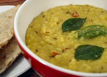 Pesara Pappu Kattu (Spiced Dal) - a #vegan Indian #recipe