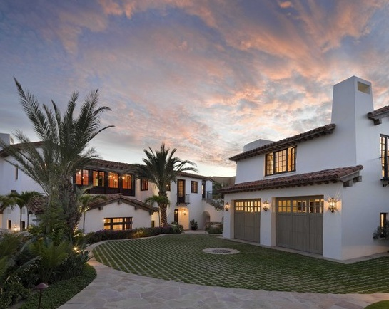 17 best images about house on pinterest french farmhouse for White stucco mediterranean house
