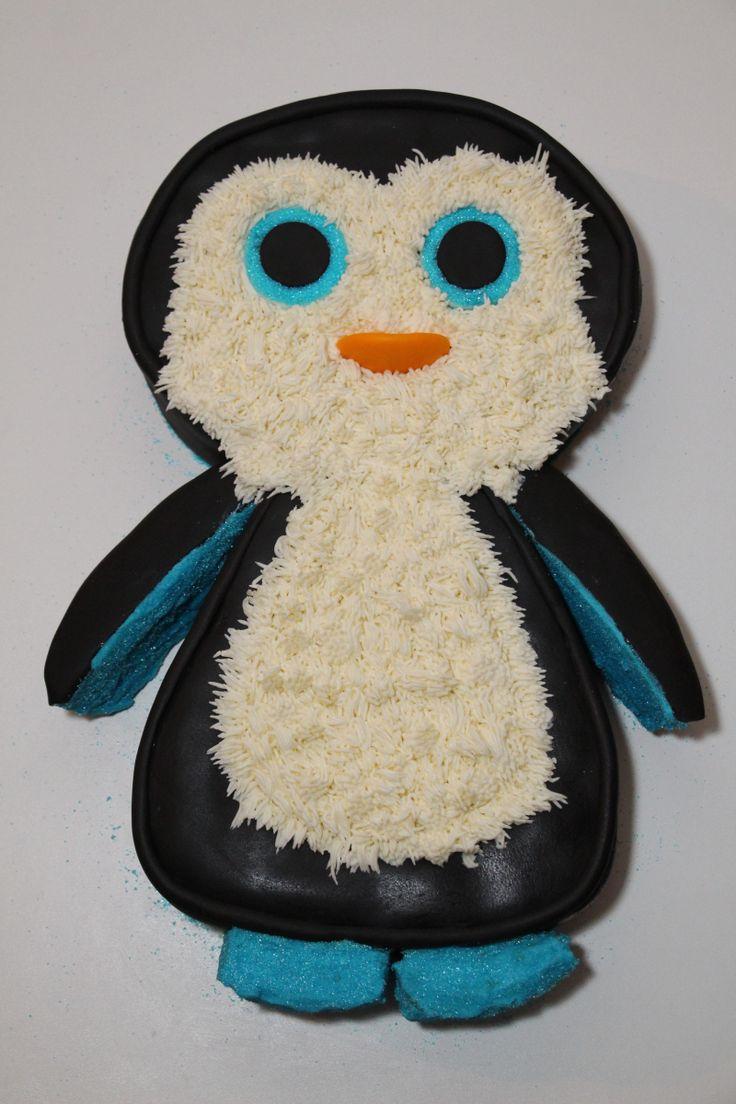 Gâteau 2D d'un petit pingouin devenu grand