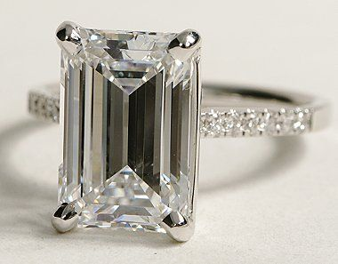 Love emerald cut rings.