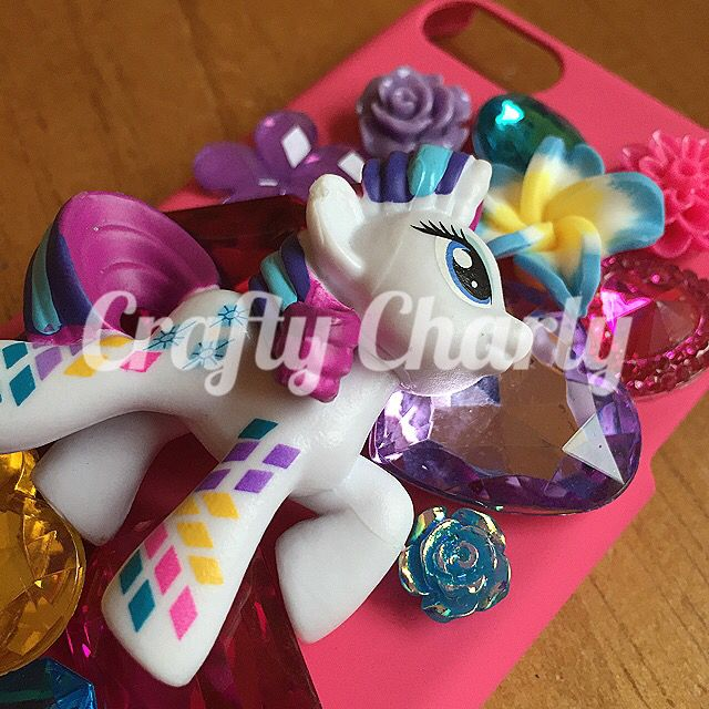 It's a nasty rainy day so I think today I'll mostly be working on this for my little sister :D I'd much rather be in my nice dry craft room heehee!x #craftycharly #newmakes #mylittlepony #rarity #barnsley #madeinyorkshire #decoden #ipodcase