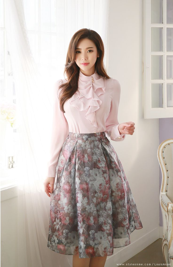 love the blouse & skirt - just so femme