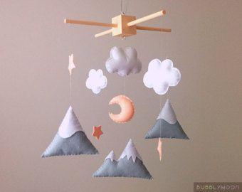 Berge Baby Mobile moderne Kinderzimmer Dekor Bäume von BubblyMoon