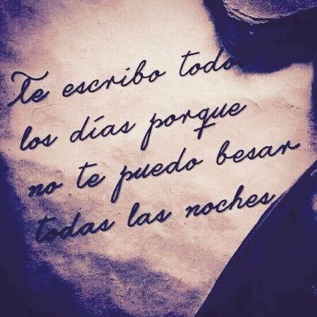 Para mi tu siempre serás la mujer perfecta @alvarezventura en la distancia equivocada ; léeme que quiero estar dentro de ti...