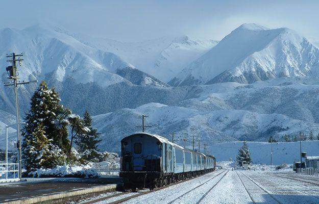 North Island scenery New Zealand   Tranz Scenic New Zealand Train Journeys