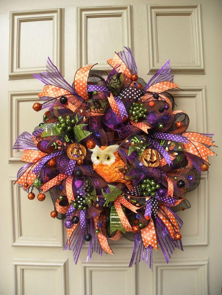 1000+ ideas about Halloween Door Wreaths on Pinterest  ~ 174512_Halloween Door Wreath Ideas