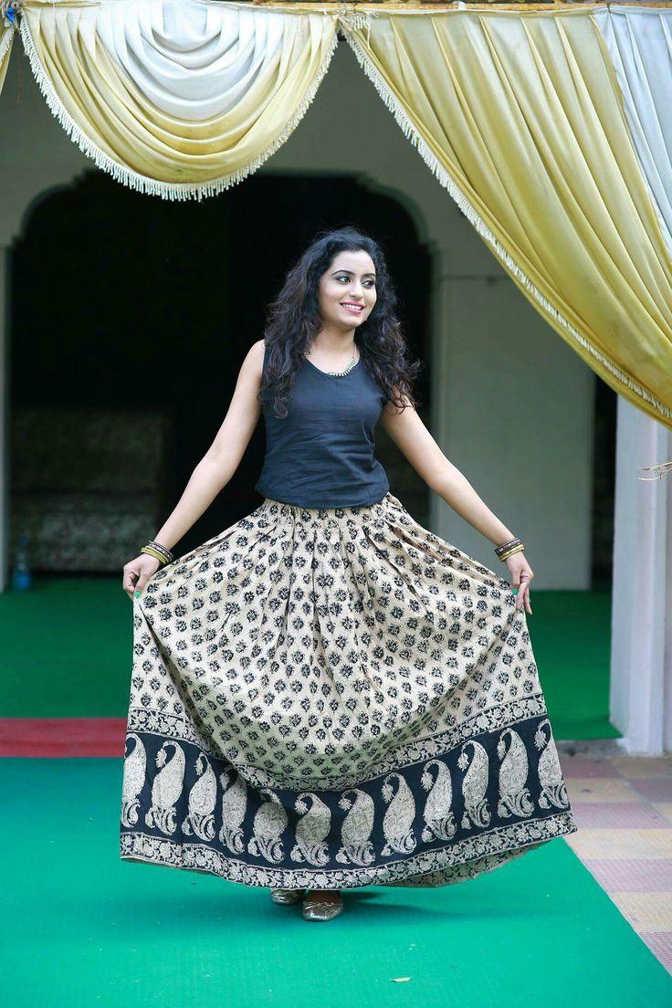 Oh dear Kalamkari Block Print Skirt! Can I savour your beauty?  MRP:-915/-  COD AVAILABLE Shop Online@ https://masterweaverindia.com/collections/skirts/products/kalamkari-skirt