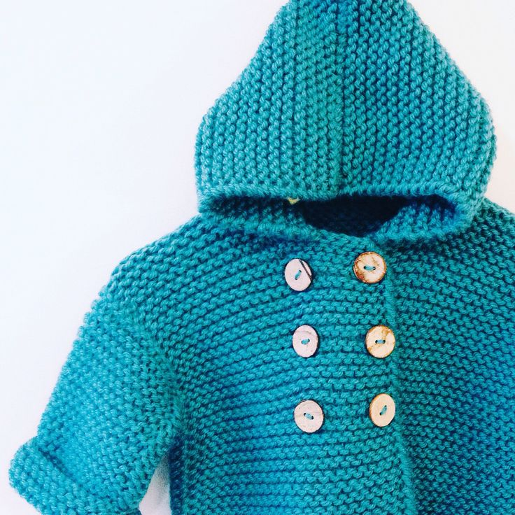 Os presentamos este nuevo abriguito que hemos diseñado y tejido  I Love Tricoté os desea un buen día!  Here is a new coat we have designed and knitted  I Love Tricoté wish you a nice day!! #babyknits #ilovetricote #knittingkits