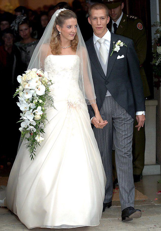 Split: Princess Tessy of Luxembourg announced she is divorcing her husband Prince Louis, the third son of the Grand Duke and Duchess of Luxembourg. Pictured, their wedding in 2006