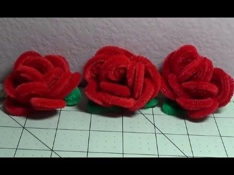 DIY~Make Beautiful & Soft Red Christmas Roses Out Of Pipe Cleaners!