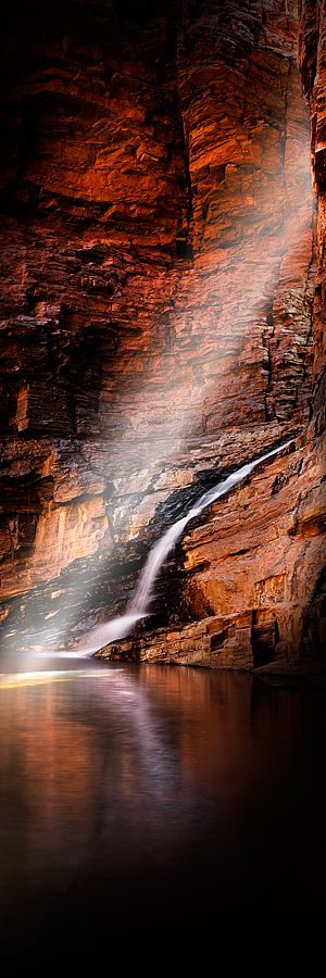 A short walk down steps and along the floor of Weano Gorge brings you to Handrail Pool, which is great for swimming and provides the best introduction to WA's Karijini National Park.