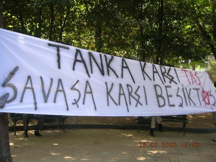 Tanka karşı taş, savaşa karşı Beşiktaş!