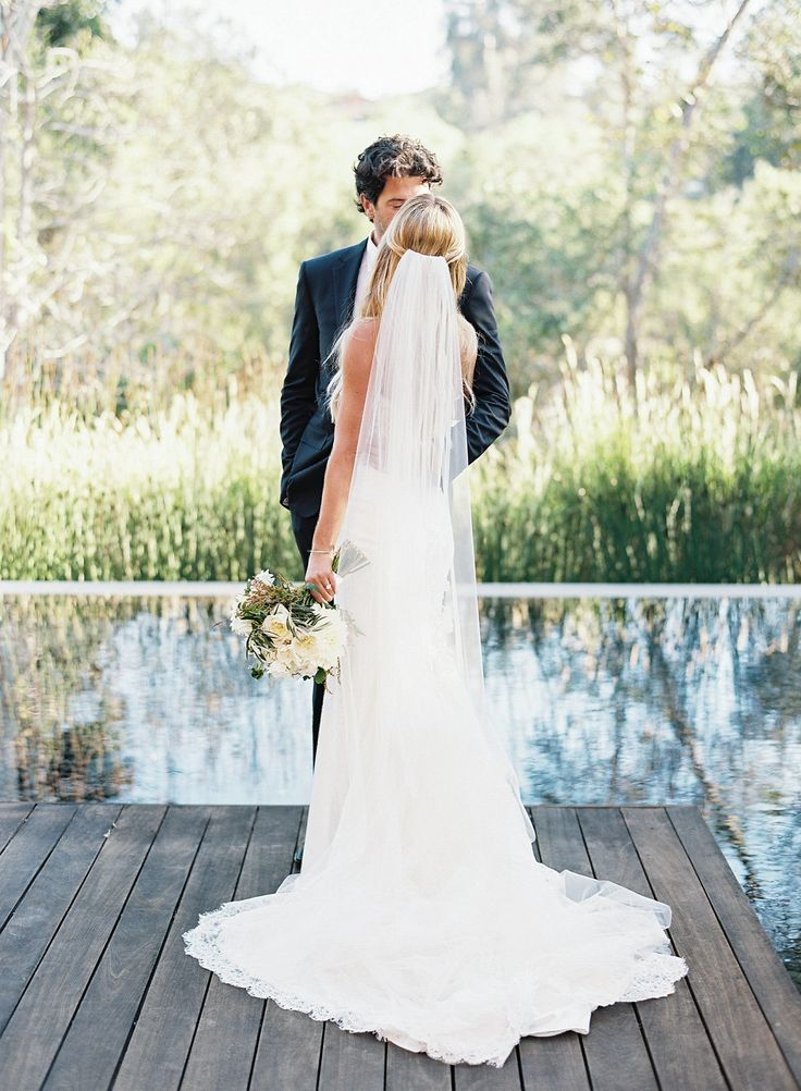 White and Natural Green Southern California Wedding by Ashley Kelemen | Wedding Sparrow